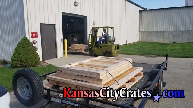 Knock down style crate is delivered to Peterson Manufacturing in Grandview MO 64030