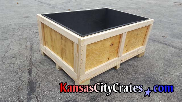 Corner blocks are placed on corners and center positions for convenient forklift access