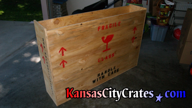 Solid wall export crate for moving flat panel tv.