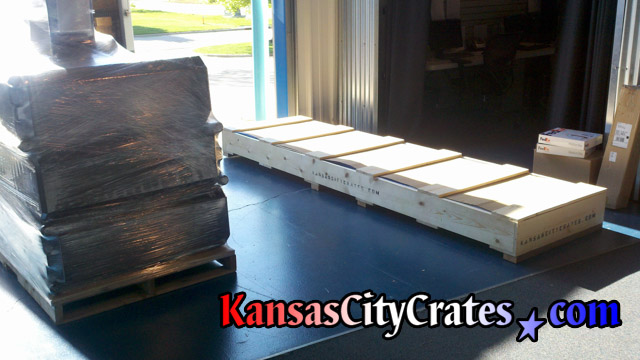 Custom pallet and crate for shipping vendor display to trade show in Las Vegas NV